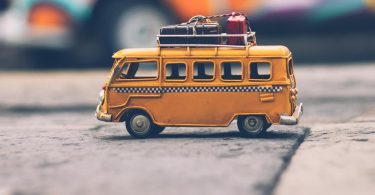 The Pros and Cons of Taking an RV Vacation